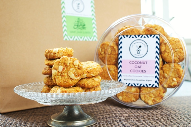 Coconut Oat Cookies | RM 25 per tub of 50 cookies